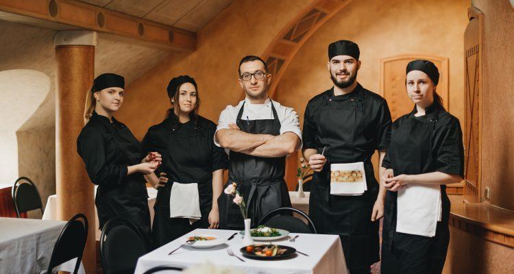 Profesionālais virtuves aprīkojums un mācību restorāns